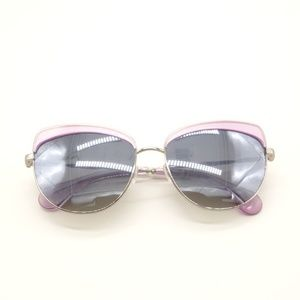 1476b09f95 Diff Eyewear Accessories - NWT DIFF Izzy Cat Eye Amethyst Sunglasses 🌻